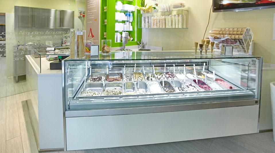 Gelateria acquolina arredamenti su misura per bar for Arredamenti per gelaterie