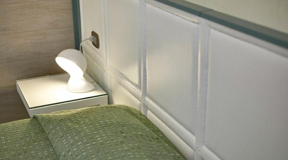 Arredamento camere arredamenti for Arredamento camere hotel prezzi