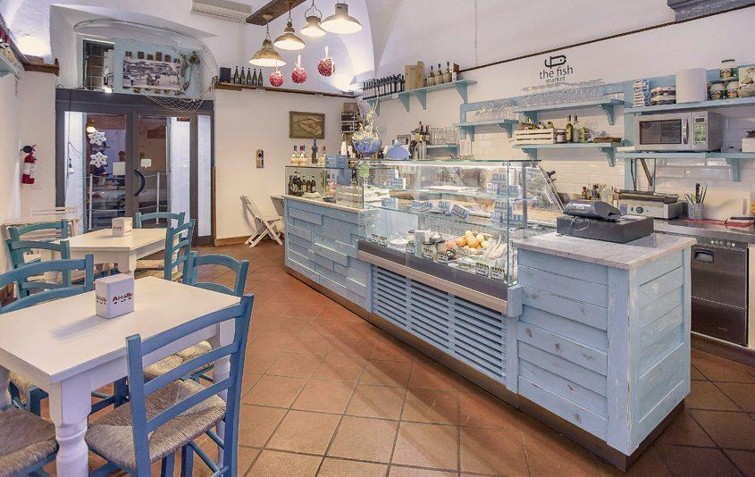 arredamento paninoteca fish market livorno