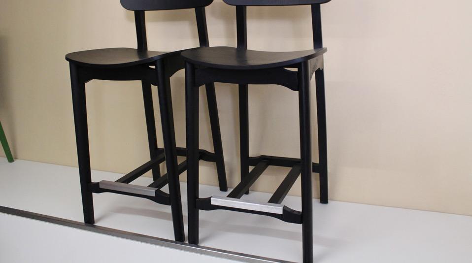 Outlet di sedie e sgabelli usati per locali pubblici